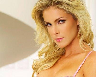 brasileira blond